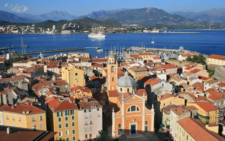 Centre ville Ajaccio et cathédrale