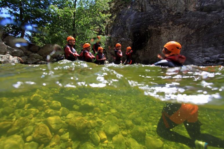 Equipement pour canyoning en Corse