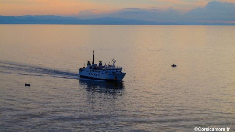 Quelles compagnies pour aller en Corse en bateau  en 2016 ?