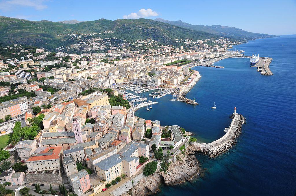 Bastia, ville active