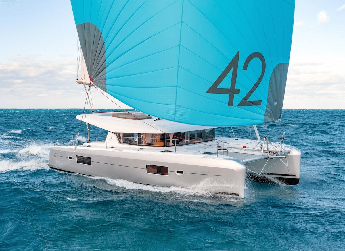 Location de catamaran en Corse - lagoon 42