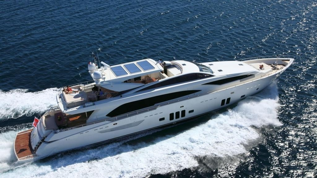 Location de yacht en Corse - photo Santarelli