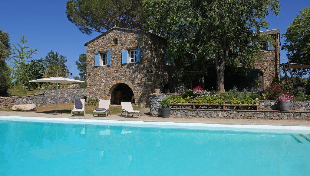 Conseils pour choisir son assurance habitation en Corse