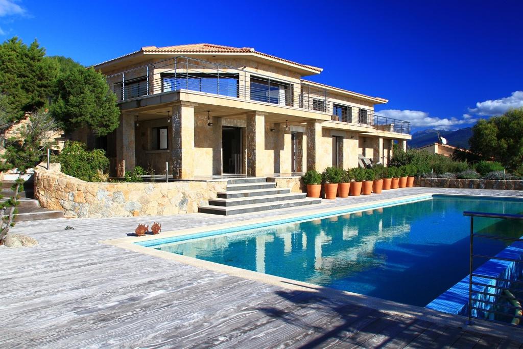 Location villa de luxe en Corse