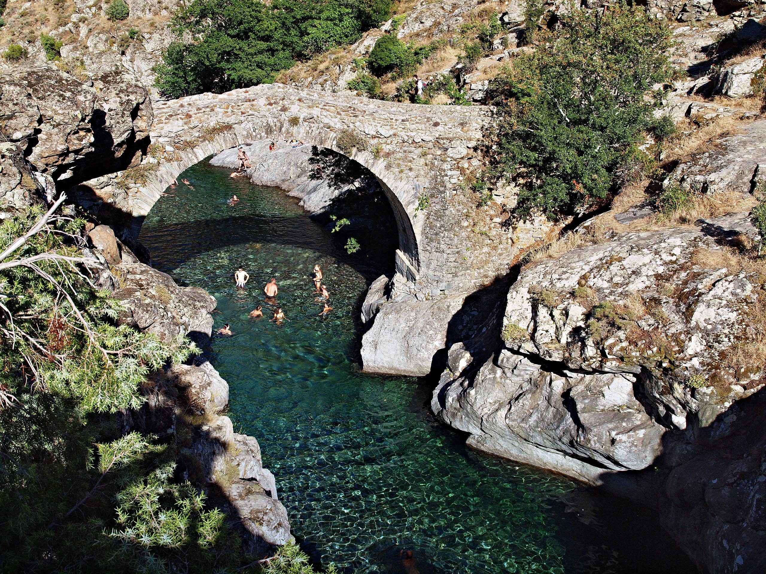 Pont génois d'Asco ( photo Bona)